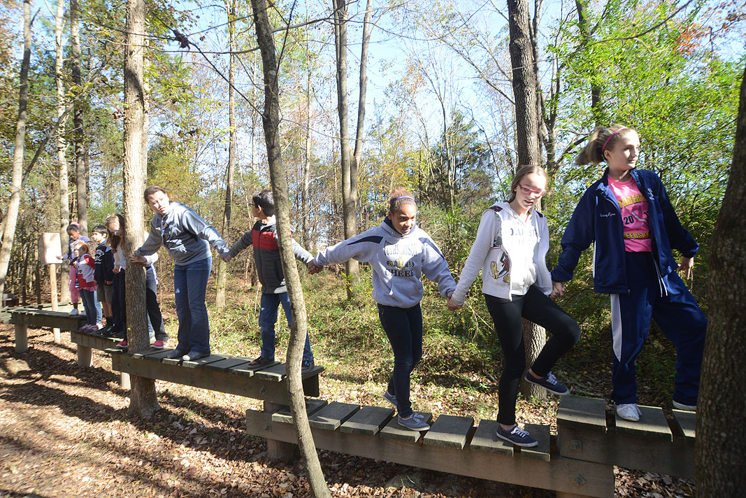 Cuthbertosn Middle School 6th grade class at Xtreeme CHallenge Outdoor Adventure Center in Monroe North Carolina